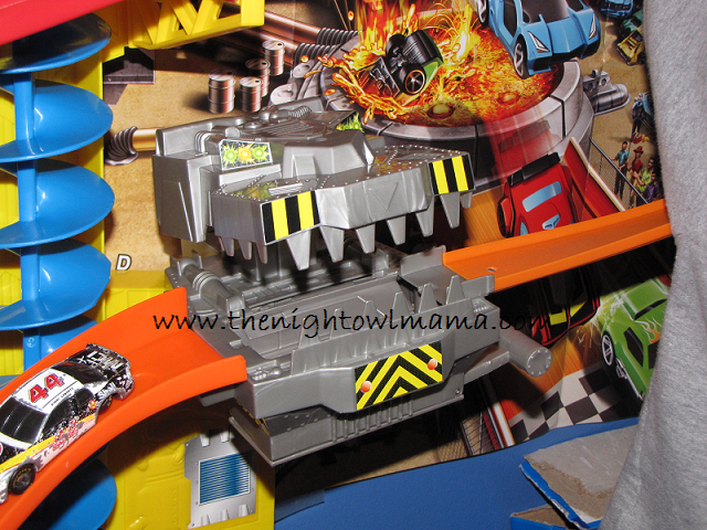 Hot Wheels Wall Tracks Power Tower Track Set Review The Night Owl Mama