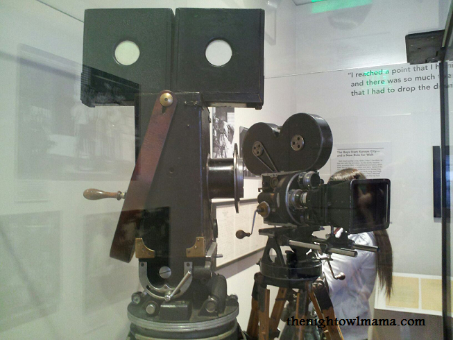 Old-Movie-Camera-png