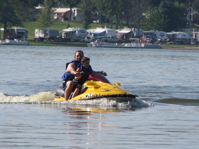 jet-skiing-family-vacation-Michigan