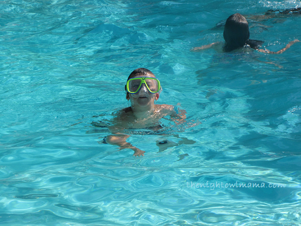 swimming-face-mask