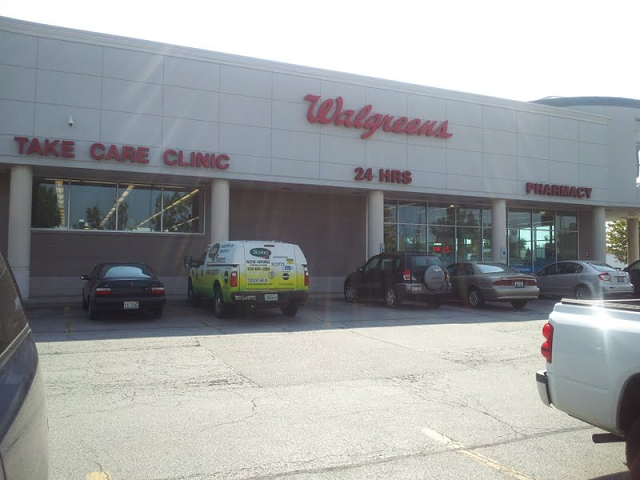 Convenient care from a provider you trust. Advocate Clinic at Walgreens is owned and operated by Advocate Medical Group. The health care providers at Advocate Clinic at Walgreens are employees and/or agents of Advocate Medical Group. The health care providers are not employees or agents of Walgreen Co. or any Walgreens subsidiary or affiliated company.