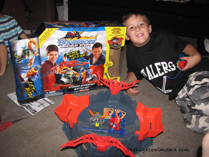 hasbro-beyblade-shogun-warriors