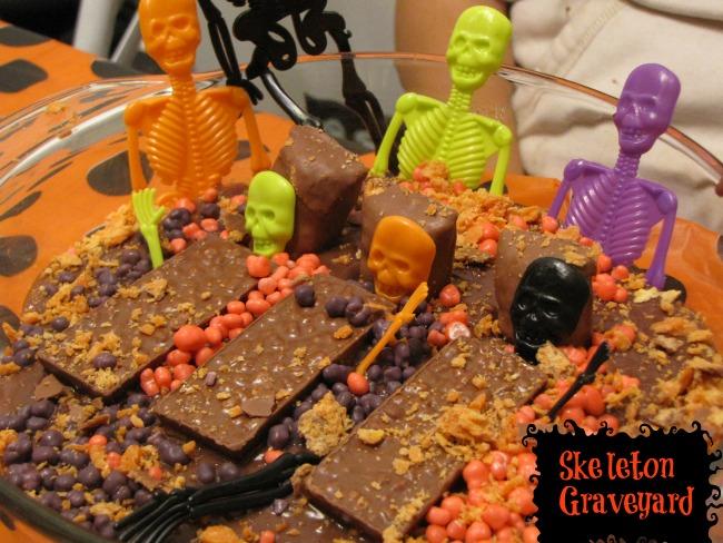 skeleton-graveyard-nestle-trickurtreat-sponsored-dessert