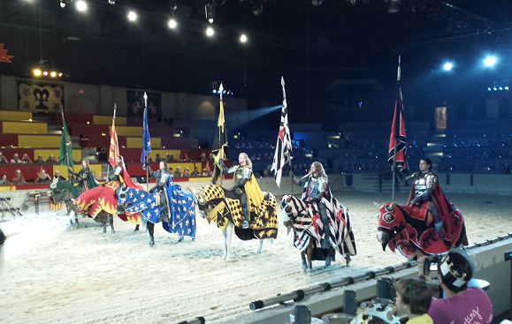 Knights-Medieval-Times-Chi