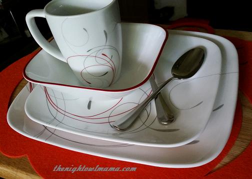 correlle-dinnerware-swirls