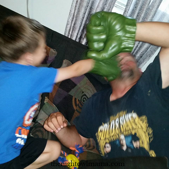 father-son-hulk-fist-fight