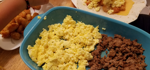 scrambled-eggs-breakfast