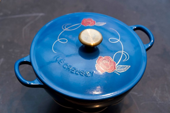 le-creuset-Beauty_and_the_Beast