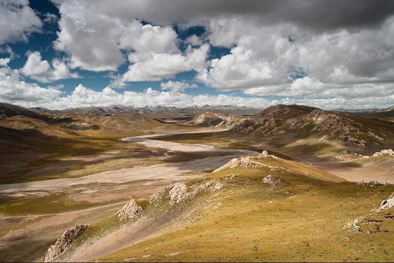 BornInChina-landscape