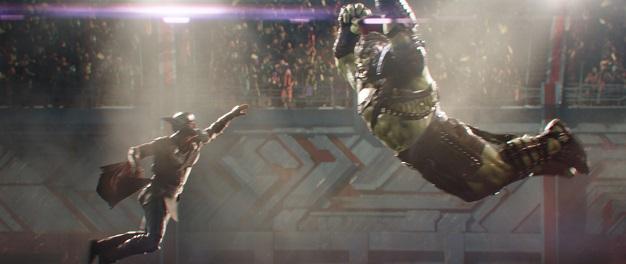Marvel Studios' THOR: RAGNAROK..L to R: Thor (Chris Hemsworth) and Hulk (Mark Ruffalo)..Ph: Teaser Film Frame..©Marvel Studios 2017