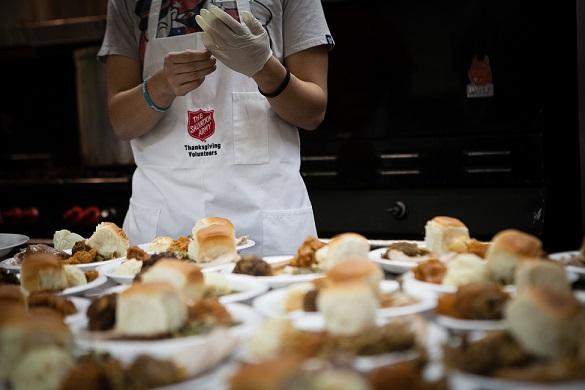 thanksgiving-volunteer-dinner